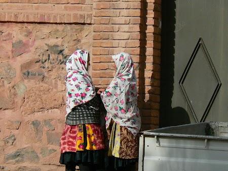 16. Taranci iranience la Abyaneh.JPG