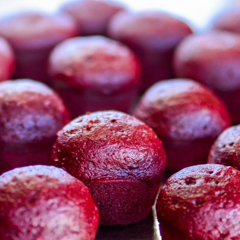 red velvet cupcakes-18818