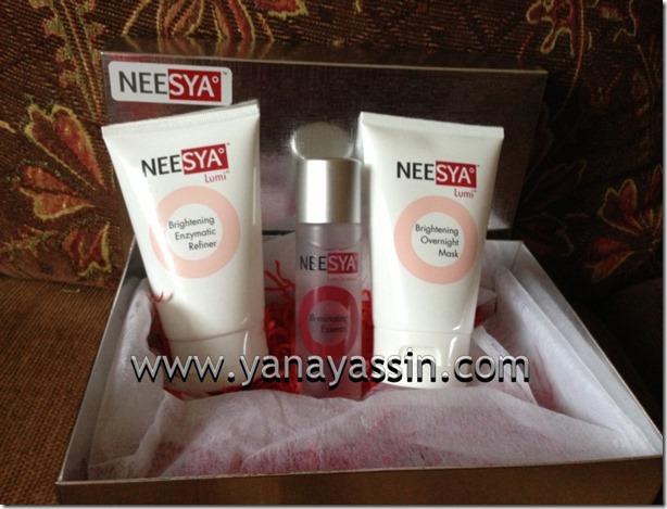 Neesya Kosmetik 900