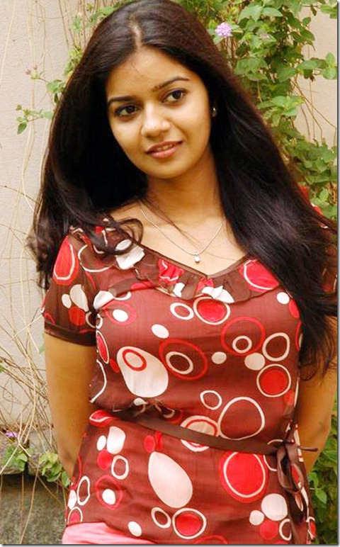 actress_swathi_cute_still