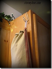 paperless towels hanging hook