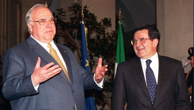 Spiegel: Η Ιταλία δεν πληρούσε τις προϋποθέσεις εισόδου στο ευρώ και ο Κολ το γνώριζε