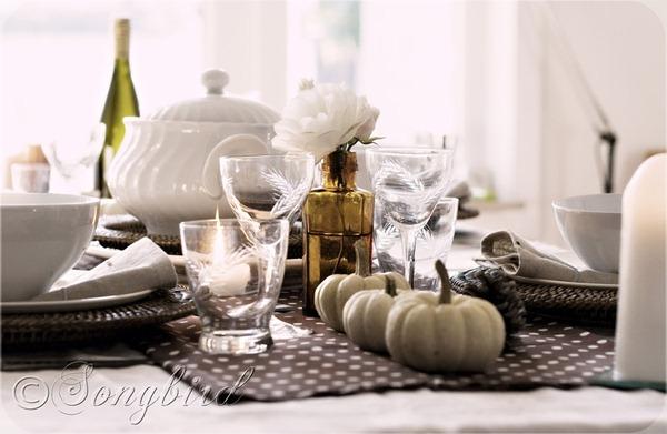 Fall Polkadot Table Setting 4