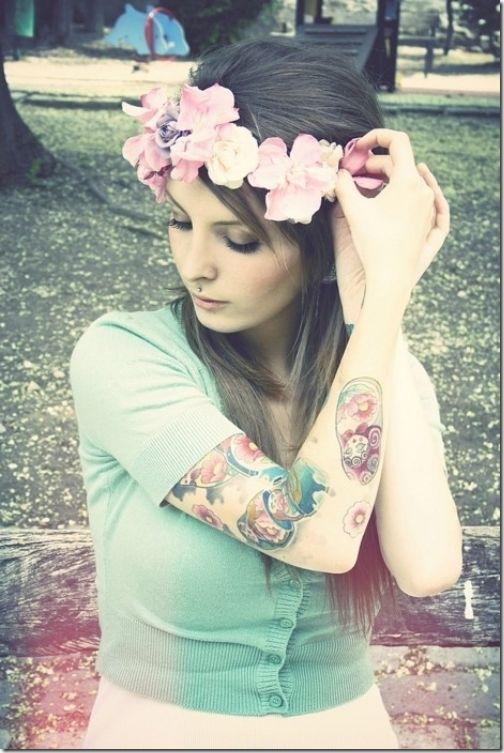 hot-girls-tattoo-15