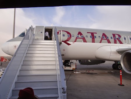 27. Urcare la Qatar Airways.JPG