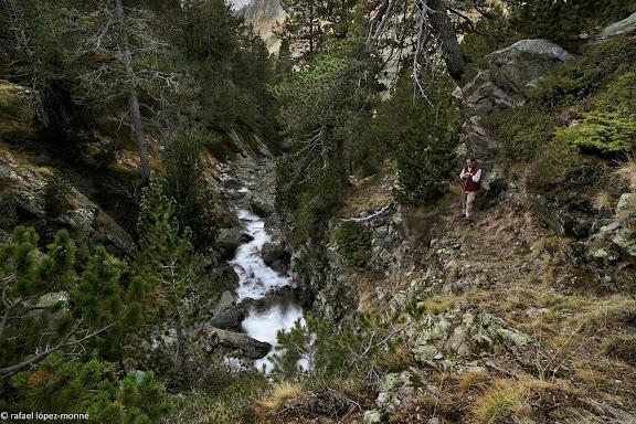Barranc de Peixerani, sobre l'estany Llong.Parc Nacional d'Aigues Tortes i Estany de Sant Maurici.La Vall de Boi, Alta Ribagorca, Lleida