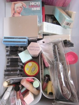 makeup stocks drawer, bitsandtreats