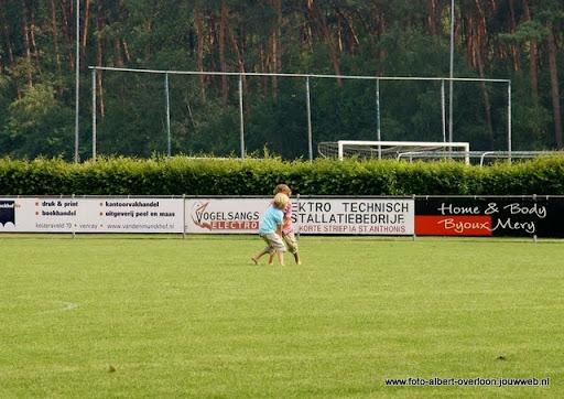 sss 18 familie en sponsorentoernooi 05-06-2011 (29).JPG