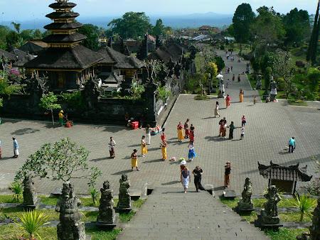 Bali trip: visiting Pura Besakih