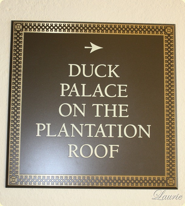 duck palace sign