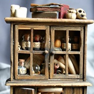 Dead Spider's Mini Witch's cabinet