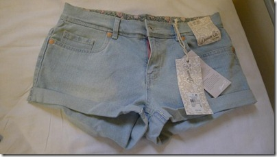 chambray denim shorts – 5 pounds