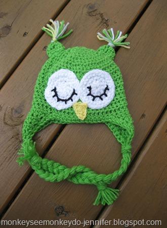 crocheted green owl hat (3)