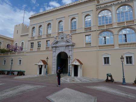 Obiective turistice Monaco: Palatul princiar Monte Carlo