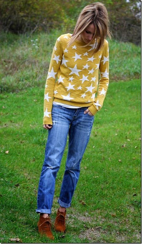 graphic sweater + boyfriend jeans + ankle boots