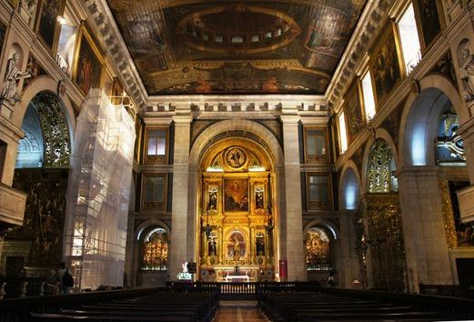 Gloria Ishizaka - Igreja de Sao Roque - capela-mor