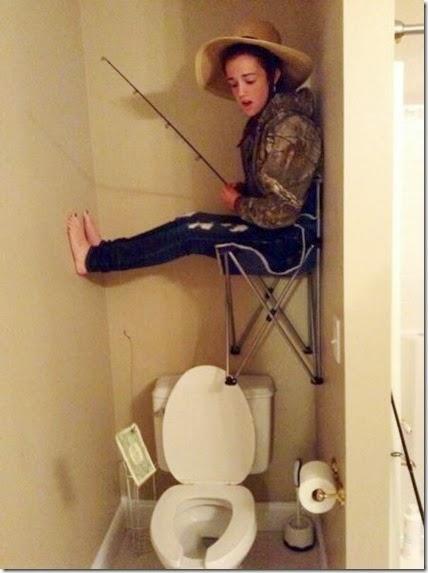 bathroom-craziness-030