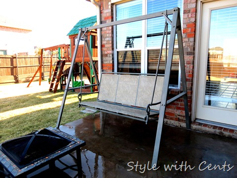 rustoleum spray painted rusty swing4