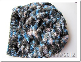 Cabled slouch hat 026