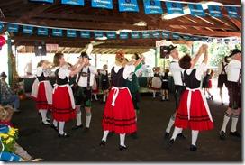 Oktoberfest dance