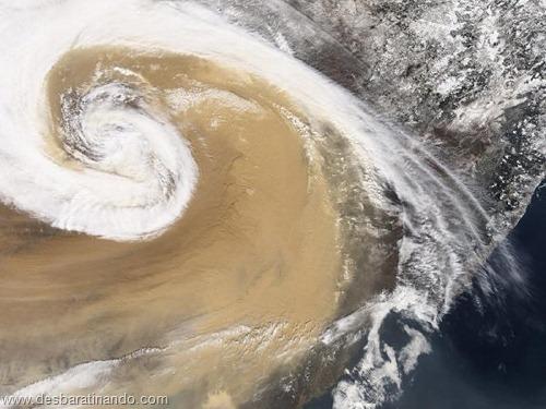 tempestade de areia desbaratinando satelite (6)