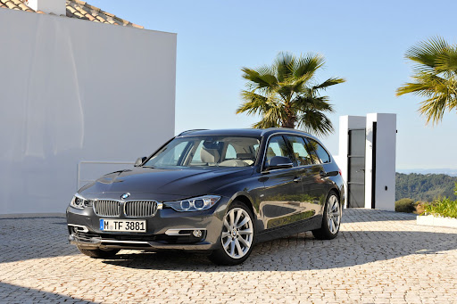 2013-BMW-3-Series-02.jpg