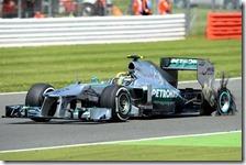Hamilton fora la posteriore sinistra nel gran premio di Gran Bretagna 2013