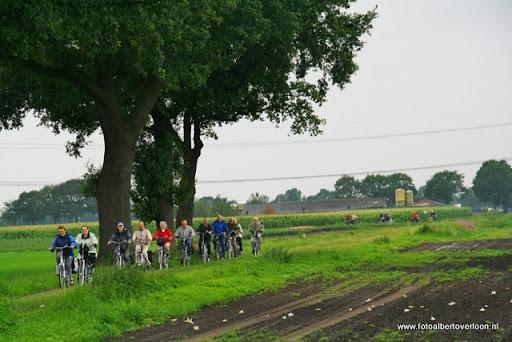 fietsvierdaagse venray ook in overloon 26-07-2011 (8).JPG