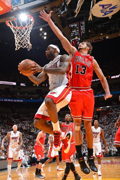 Shorthanded Bulls Shock Miami Heat for 10 Series Lead