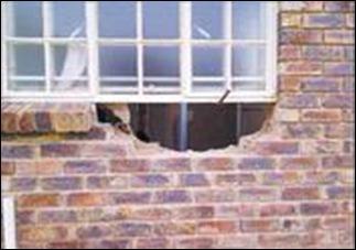 POLCHET family targetted armed robber gang GlenAustinMidrandMay2011