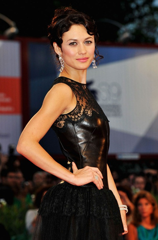 OLGA-KURYLENKO-at-To-The-Wonder-Premiere-at-69th-Venice-Film-Festival-13