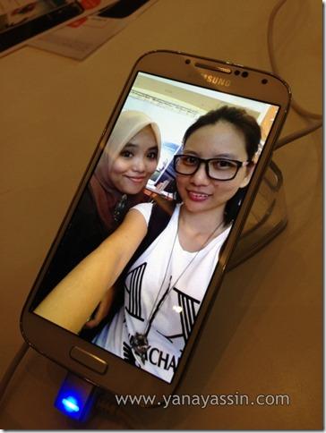 Samsung S4205