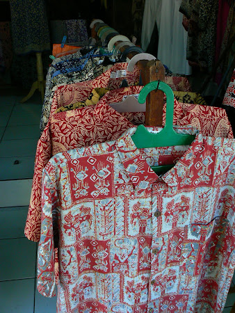Bali travel: Batik shirts