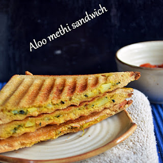 Aloo methi sandwich recipe,how to make grilled aloo methi sandwich | Easy bread recipes