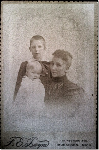 MILNE_Joseph & Irene with their mother_circa 1894_adjusted tones