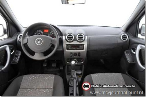 Dacia Logan Sedan 2012 02