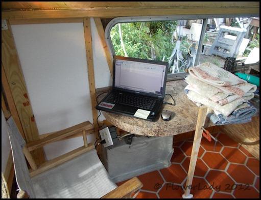 06-27-caravan-online