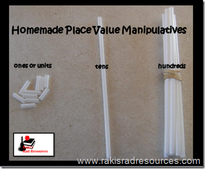 Basic math manipulatives that can be found in your kitchen.  Ideas from Raki's Rad Resources.  Straws