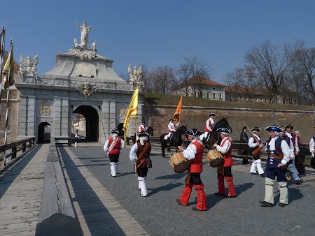 Imagini Romania: garda cetate Alba Iulia