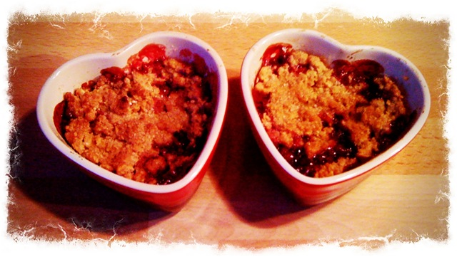 Blackberry and apple crumble #3