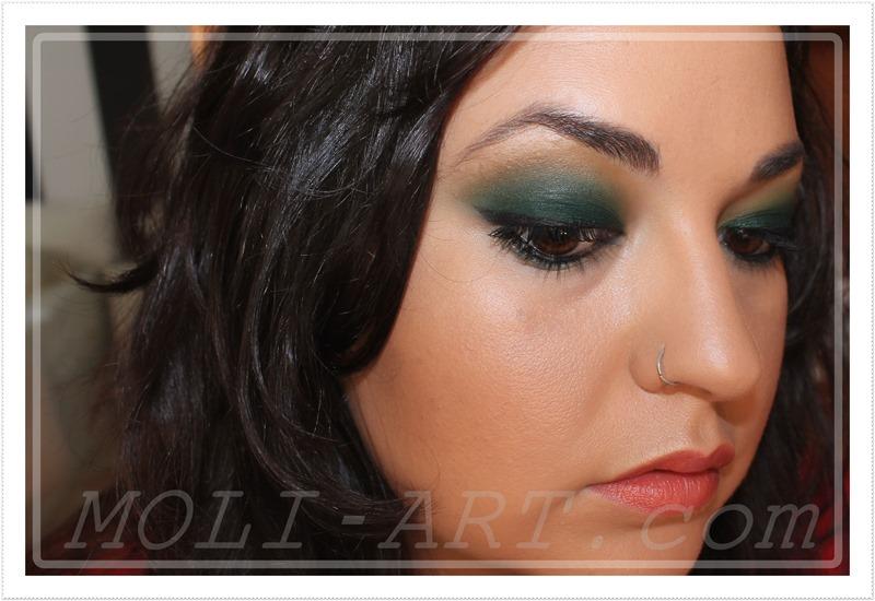 maquillaje-ahumado-verde-oscuro
