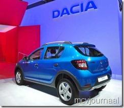 Dacia stand Parijs 2012 13