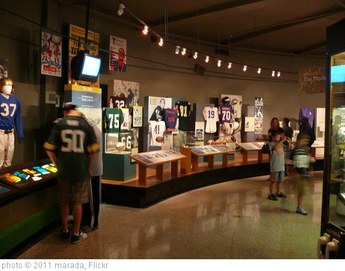 'Pro Football Hall of Fame' photo (c) 2011, marada - license: http://creativecommons.org/licenses/by-nd/2.0/