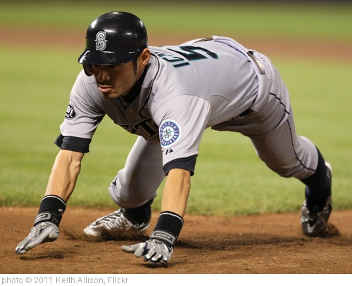 'Seattle Mariners right fielder Ichiro Suzuki (51)' photo (c) 2011, Keith Allison - license: http://creativecommons.org/licenses/by-sa/2.0/