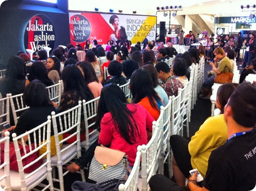 Priscilla beauty blogger The Body Shop Color Crush makeup event talkshow 2