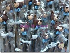ponteiras de lapis em biscuit urso marrom con azul marron ursinho