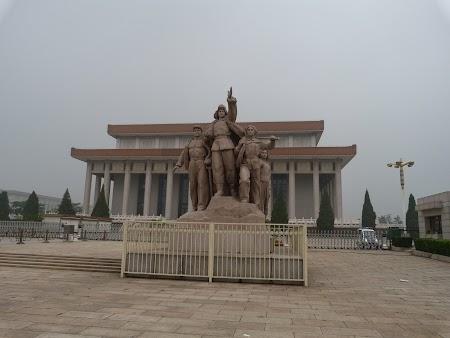 Gratis in Beijing: Mausoleul lui Mao