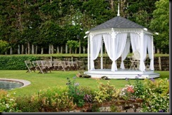 gazebo-wedding-decorations-4