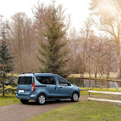 2013-Dacia-Dokker-Official-46.jpg