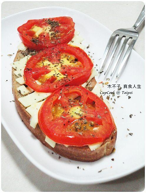 番茄起司烤吐司 (2)